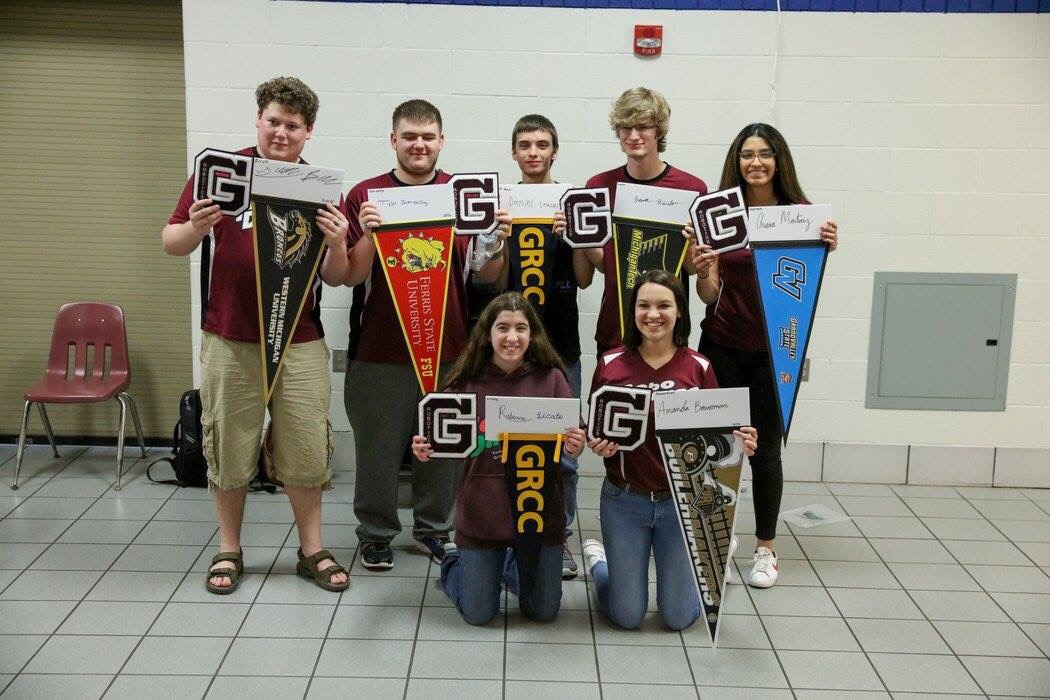 2016 GHS RoboDawg Graduates
