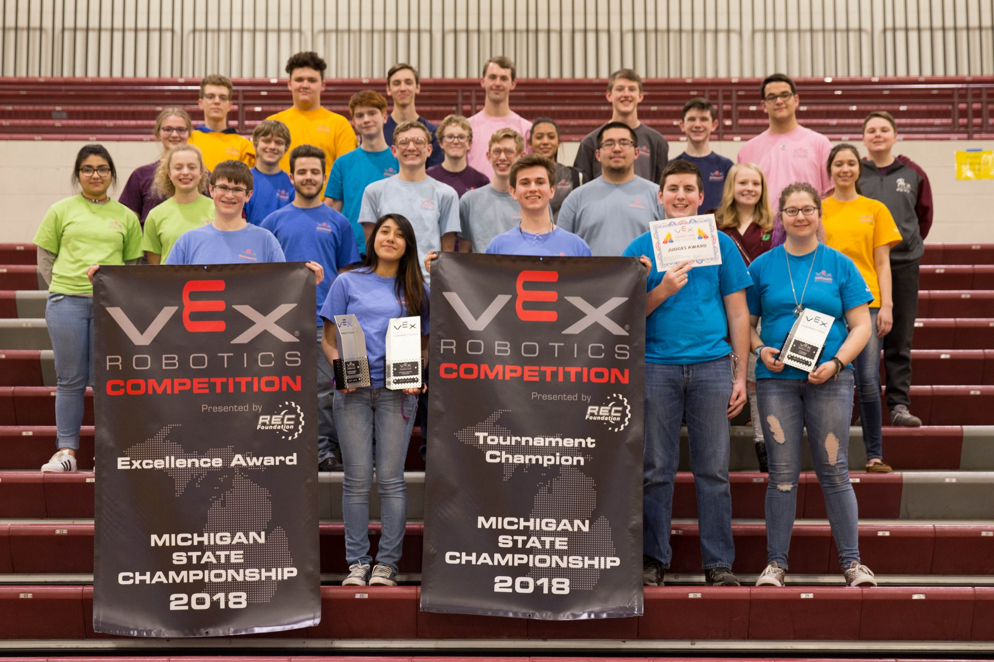 RoboDawg team 244A wins the Michigan VEX State Tournament and Excellence Award in 2018.